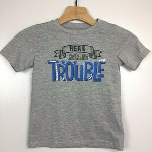 Graphic Tee T Shirt Here Comes Trouble Grey 5T